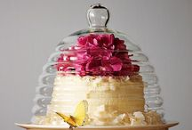 Cakes / by Ofelia Rugerio