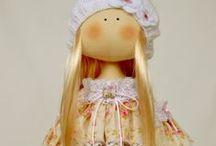 Dolls- T. Conne