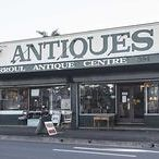 Thirroul Antique Shops / Thirroul has three very different antique / old wares shops. Thirroul Antique Centre, Now & Then Collectables & Retro Wombat.