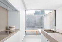 Light Clean Kitchens / Comteporary Modern White