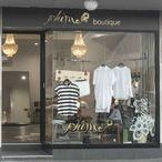 Thirroul Fashion Stores / There are eight great fashion stores / shops in Thirroul
