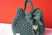 Háčkované tašky a čepice