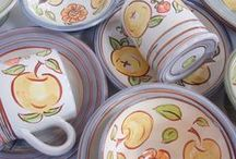 Tumbling Apples Collection / Mugs, bowls & plates to brighten up your breakfast, lunch and dinner