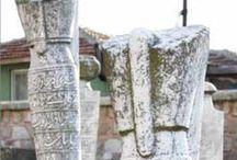 Tarihi Mezarlık ve Türbeler