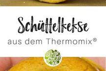 Adventskalender für den Thermomix® / Advent, Advent ein Lichtlein brennt! Erst 1 ... Dann 2 … Ach, weißt Du was? Du kannst Dich sogar auf 24 spektakuläre leckere Überraschungen aus der will-mixen.de-Küche freuen. Freu Dich auf den kostenlosen Adventskalender für den Thermomix®