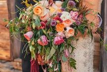 *Trailing bouquets* / Wedding inspiration for beautiful dramatic trailing bouquets.