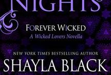 Forever Wicked (Wicked Lovers Book 7.75) / They had nothing in common but a desperate passion… Until a second chance proved that forever could be theirs.