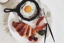 **Breakfast/Coffee**