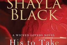 His to Take (Wicked Lovers Book 9) / A woman with a dangerous secret. A fierce protector with a tragic past.  Can he capture her, keep her safe, make her... His to Take?