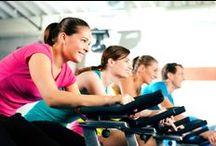 Borstkanker en Bewegen / Beweging is goed voor je. Bewegen en sporten kunnen het risico op het krijgen van borstkanker aanzienlijk verkleinen. Maar ook na de diagnose borstkanker is het goed om in beweging te blijven. Als (ex) kankerpatient is het goed om je conditie op peil te houden en misschien zelfs te verbeteren. Geen zin om je intensief te moeten inspannen, het fijne is dat je zelfs al baat hebt bij yoga. DOEN DUS!