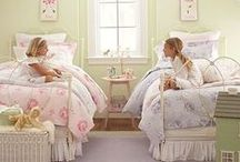 Pillow talk / Slaapkamer gesprekken...Romantische en schattige kussentjes.