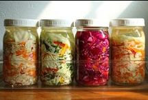 Fermented / Info and recipes for fermenting food and brewing booch.