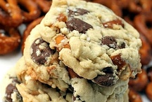 Cookie Recipes / by Mona Attaei