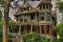The Painted Lady / Beautifully painted Victorian homes
