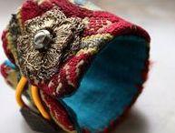 Textile jewelry style