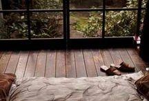 The  minimalist Home / by Mary Chamberlain