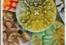 "Polymer Clay / Includes a lifetime's worth of tutorials.  Look up also ""arcilla de polímero"" / by Y-Knot Crafts"