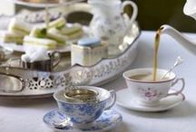 ☆ Spring Tea / Springtime is a perfect time to host a Tea Party. I prefer mismatched patterns, darling old linen, jars of flowers, cake stands full of bite-sized treats, and a variety of tea cups.