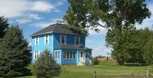 A Blue Farmhouse / ♪ Blue skies, Smiling at me, Nothing but blue skies, Do I see ♬ ~Willie Nelson (by Irving Berlin 1926)