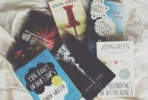B o o k s / Books