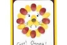 Sormileimailu / Pienten lasten kanssa helpot ja somat kortit syntyvät sormileimaillen joko pienillä leimasintyynyillä tai sormiväreillä. Tarvikkeet ja ideat Sinellistä!