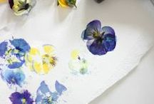 MOLLIE ♥ Drucken auf Stoff & Papier / Stempeln kann mehr als nur Kindergarten! Wir lieben die vielen traumhaft schönen Ideen, mit denen ihr ganz einfach und günstig Papier und Wände in Unikate verwandelt!