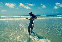 Sunshine holiday / Sun, beach, girls and bikini