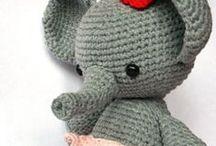 C r o c h e t i n g / A board full of crocheting tutorials & inspiration!