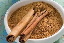 Cinnamon Sticks and Cinnamon / Cinnamon Stick Crafts, Cinnamon Rolls, Cinnamon Bread, Cinnamon detox, Cinnamon Tea, Cinnamon Oatmeal, Long cinnamon sticks, Cinnamon ideas for cooking with cinnamon