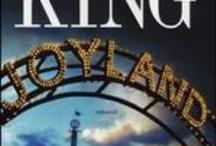 BiblioPrimizie: Stephen King / In attesa dell'uscita del suo ultimo libro, una carrellata delle opere letterarie e dei film tratti dai romanzi di Stephen King presenti in Sbv.