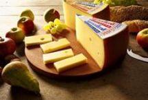 3/2016: Appenzeller I Juustopöytä ry:n kuukauden juusto / Juustopöytä ry:n kuukauden juusto 3/2016: appenzeller. Kuvia, videoita, tietoa ja reseptejä.