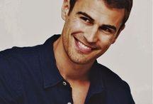 Theo~divergent
