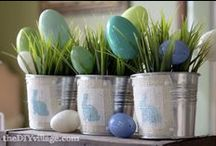 Easter Egg Designs and Decorations / Check out this Easter egg board for great DIY tips and amazing ideas for Easter decorations!