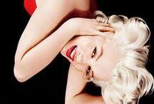 Just Marilyn / Marilyn fan board / by Ana M
