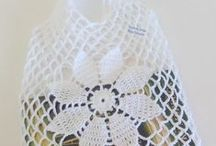 Crochet bags / by Rose Oliveira