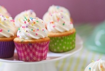 Cakes and Cupcakes / by Konnie Henning