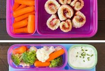 EAT | THE LUNCHBOX / Kids lunch ideas  / by Beth Dotolo
