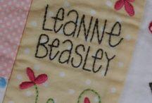 Leanne Beasley / Down in the garden, andre stichery