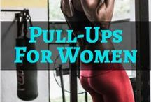 Pull-Ups For Women / If you are a beginner and are looking to perform your first pull-up, or if you can already perform a few pull-ups and wish to perform more, I will provide you with an abundance of exercises and tips, including pull-ups for beginners, pull-ups for women, pull-ups for men, pull-ups for muscle building, home pull-up workouts, gym pull-up workouts, pull-up regressions, pull-up progressions, pull-up exercises, full body exercises for pull-ups, core exercises for pull-ups, and pull-up variations.