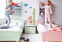 VINILOS INFANTILES / Vinilos infantiles de alegres colores para decorar la habitación de los más peques. Tienes la posibilidad de personalizarlos con el nombre del bebé.
