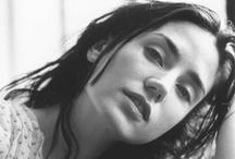 Jennifer Connelly / Un conjunto de belleza saturada de hermosura... total!
