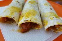 Street food in Merida: Cochinita pibil / The most traditional Yucatecan dish ever, enjoyed as tacos or tortas.