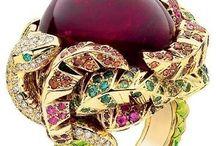 Outstanding Jewellery / Joyería excepcional