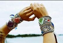 Modern bohemian / Hi everyone! Pin everything boho, jewelry, clothes, home decor, style photos! Add your friends and happy pinning :) *** Please pin only bohemian items and NO double pinning please! Please feel free to add your friends.  #modern #bohemian #boho #hippie #chic #ethnic #style #jewelry #girl #gypsy