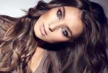 Gorgeous Hair / Take a peek at these posts to see some amazing hair. Looks vary from elegant, to effortless.