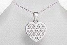 Valentine's Day / Lovely Selection of Gifts for Valentine's Day