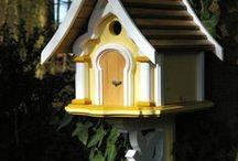 Vogelhäuser und Nistkästen - bird houses / Kreativ gestaltete Nistkästen,