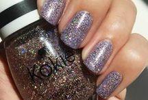 Nails / Nail Ideas - Nail Inspiration, Manicure, Wedding Nails, Nail Swatches, Red Nails,