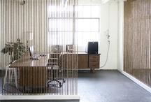 Separadores de ambientes • Space dividers / Ideas para separar visualmente las distintas áreas de un espacio con elementos fijos, o removibles como los biombos • Ideas for space dividing.