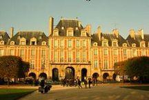 Paříž v extázi: V palácových ložnicích se nikdy nespí / A novel set in Paris 1652 by Jana Krátká